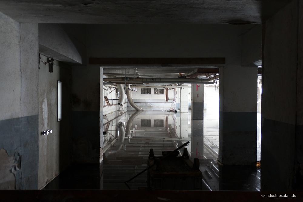 Die Pelzfabrik [2008]