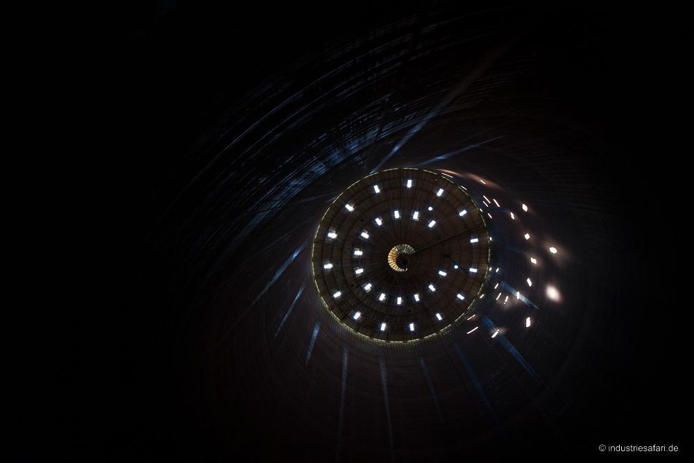 113_09_Gasometer
