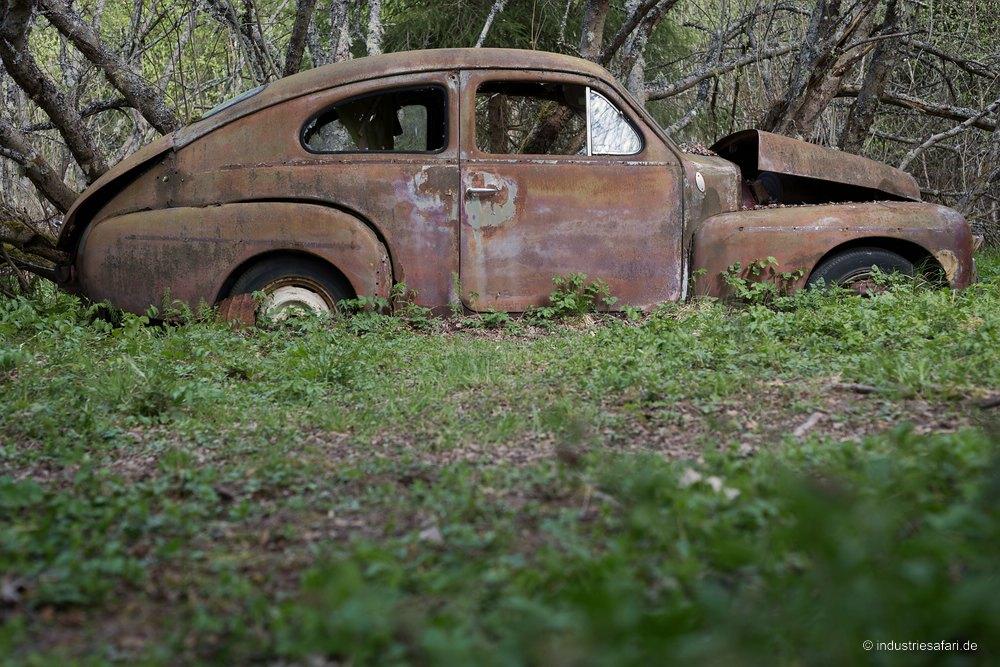 129_15_Autofriedhof_B