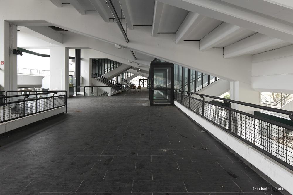 142_04_rennbahn